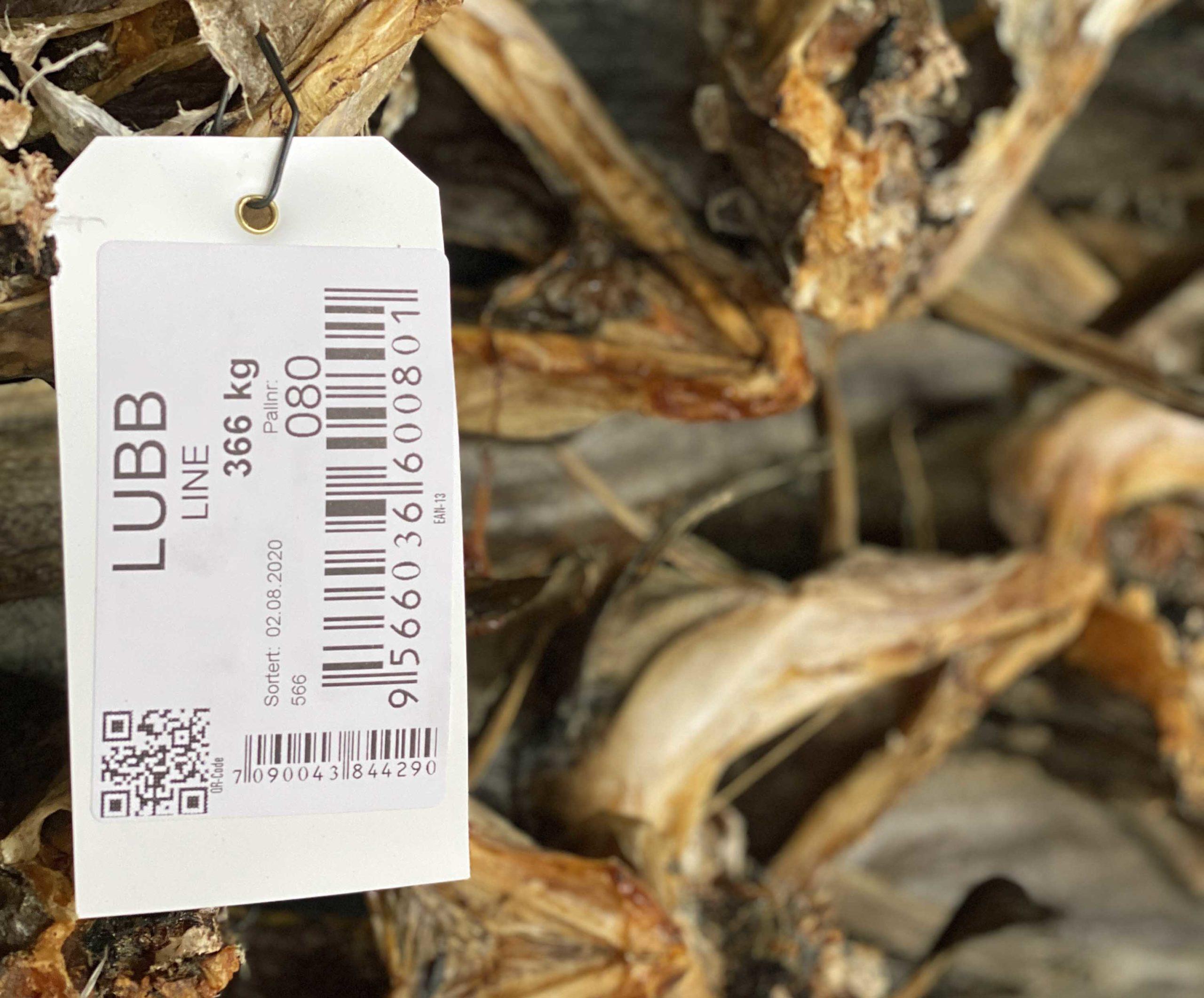 Merkingen bestemmer hvilken pris kundene er villige til å betale for tørrfisken.